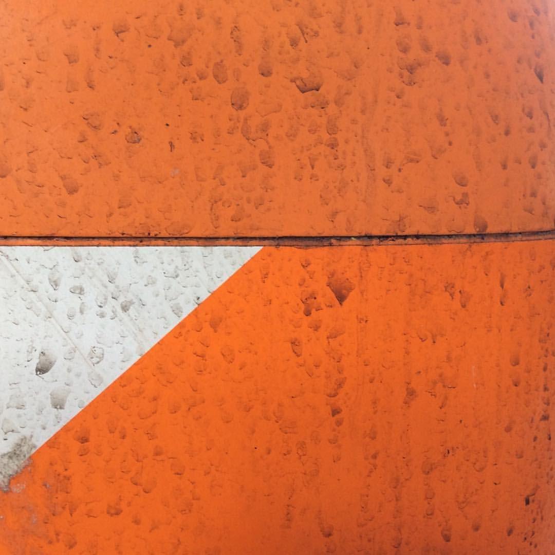 """Mi piace"": 36, commenti: 3 - Damiano (@gespox) su Instagram: ""#minimal #minimalism #shape #colors #street #pankow  #berlin #geometry #gespox #art #photograpy…"""