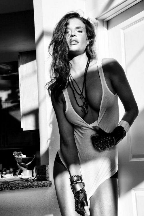 Julia Lescova naked 929