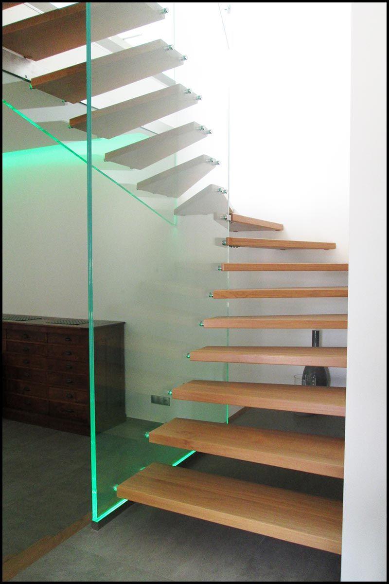 Garde corps en verre avec insertion led escalier for Garde corps verre securit