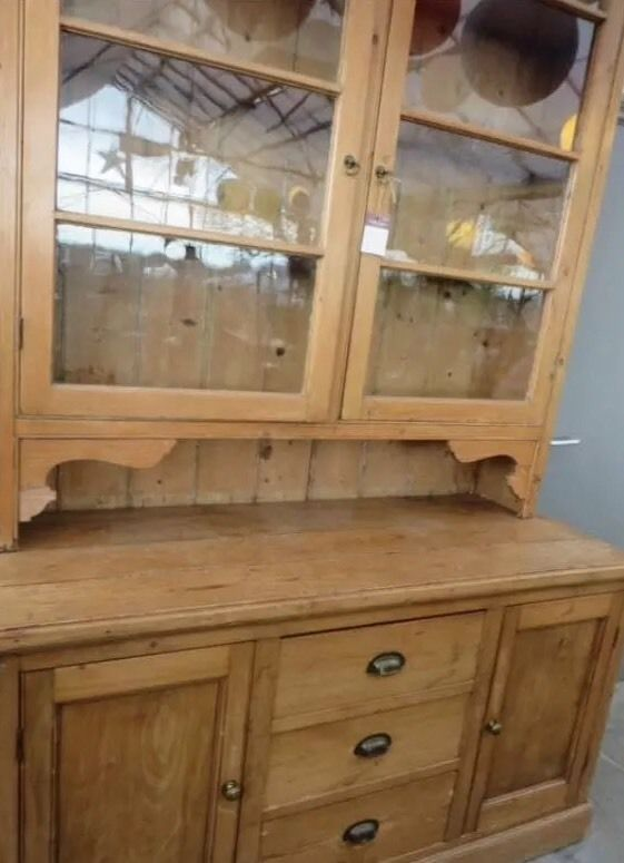 Antique Housekeepers Cupboard Kitchen Dresser Old Pine