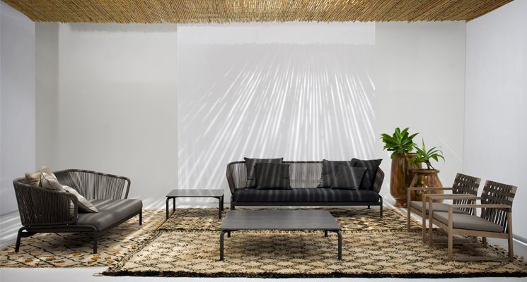 SPOOL 002 Sofa | Roda