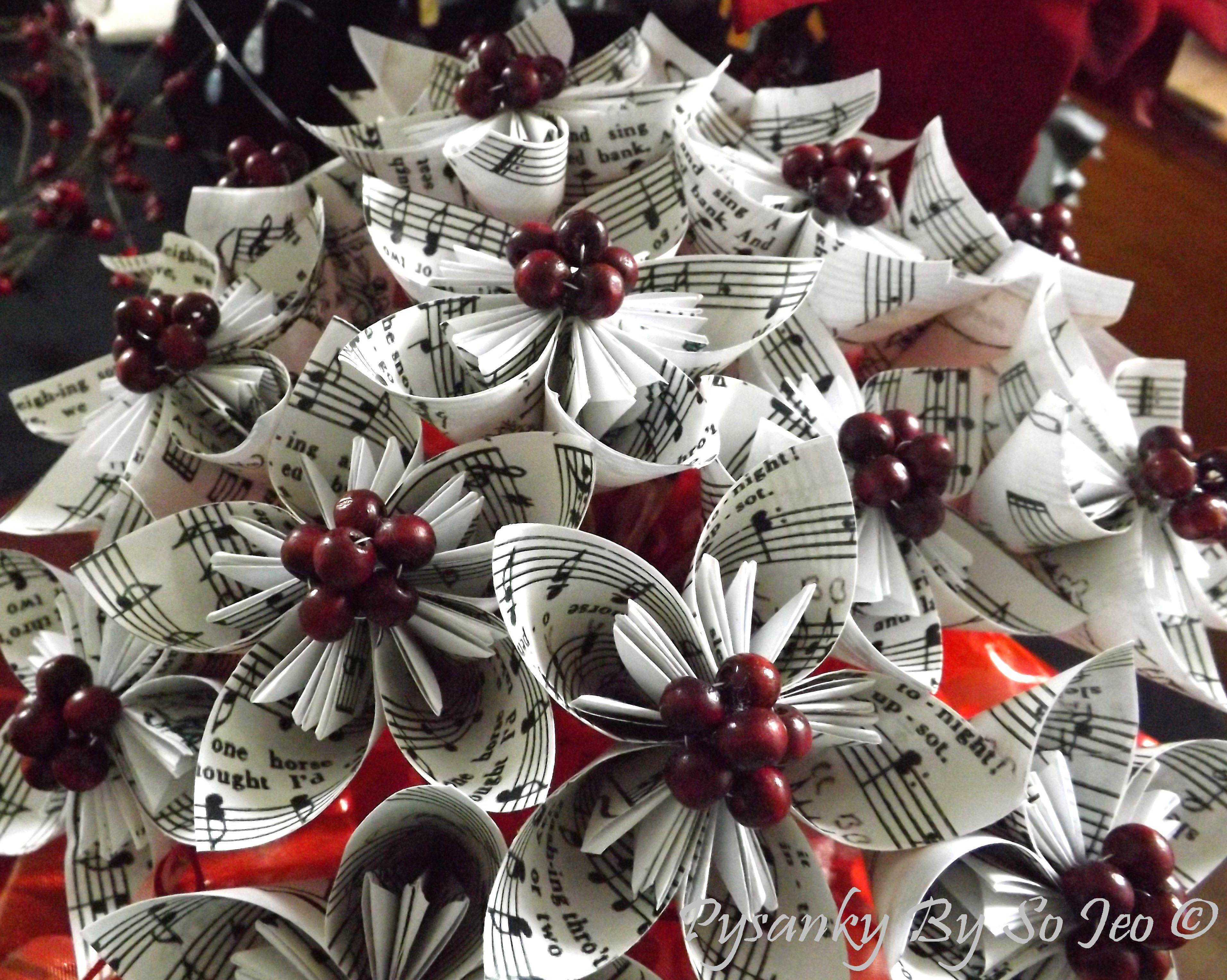 Bouquet of Jingle Bell sheet music Kusudama Flowers
