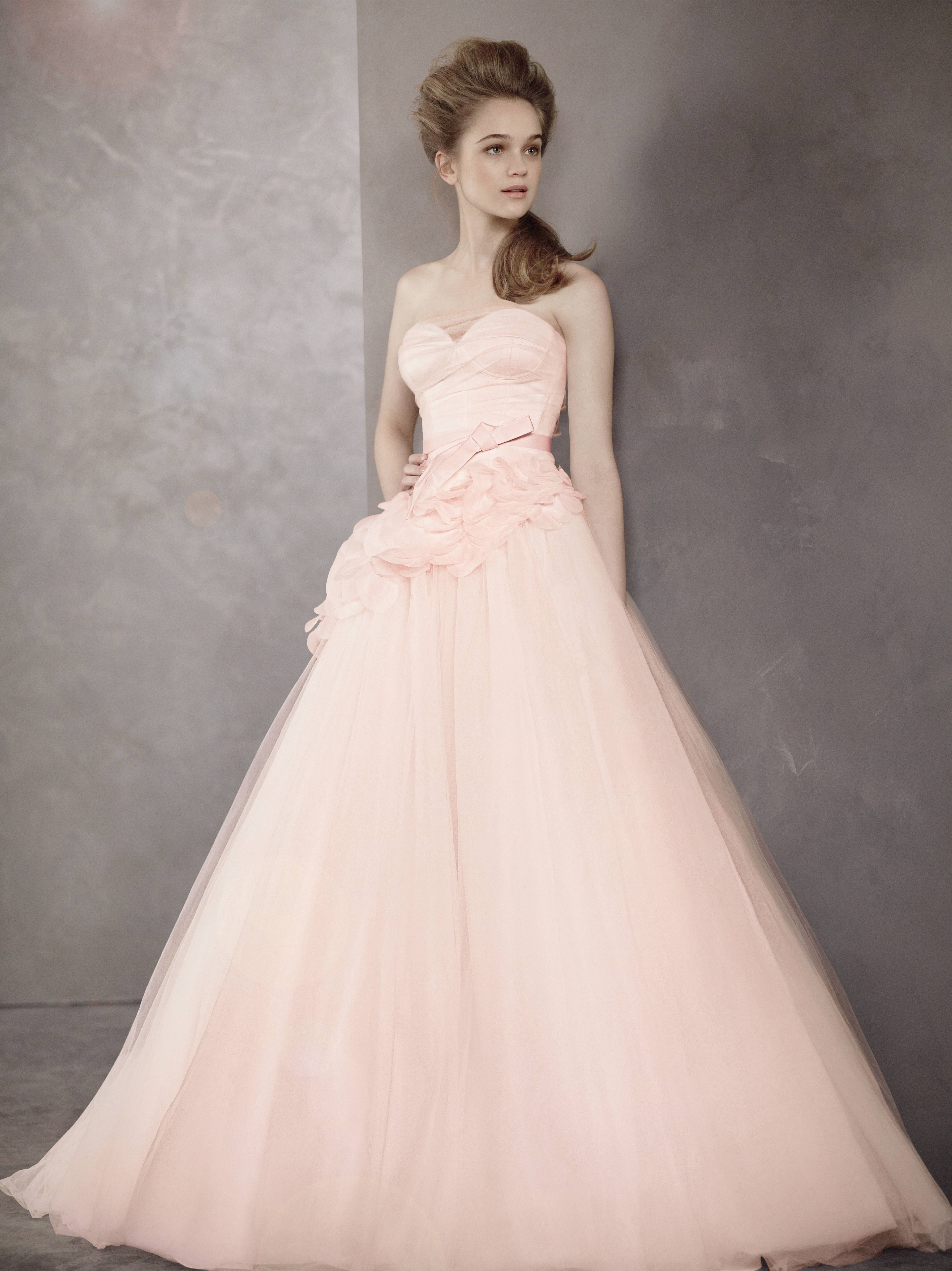 Vera wang red wedding dress  Wedding Planning Websites and Apps to the Rescueu Congratulations
