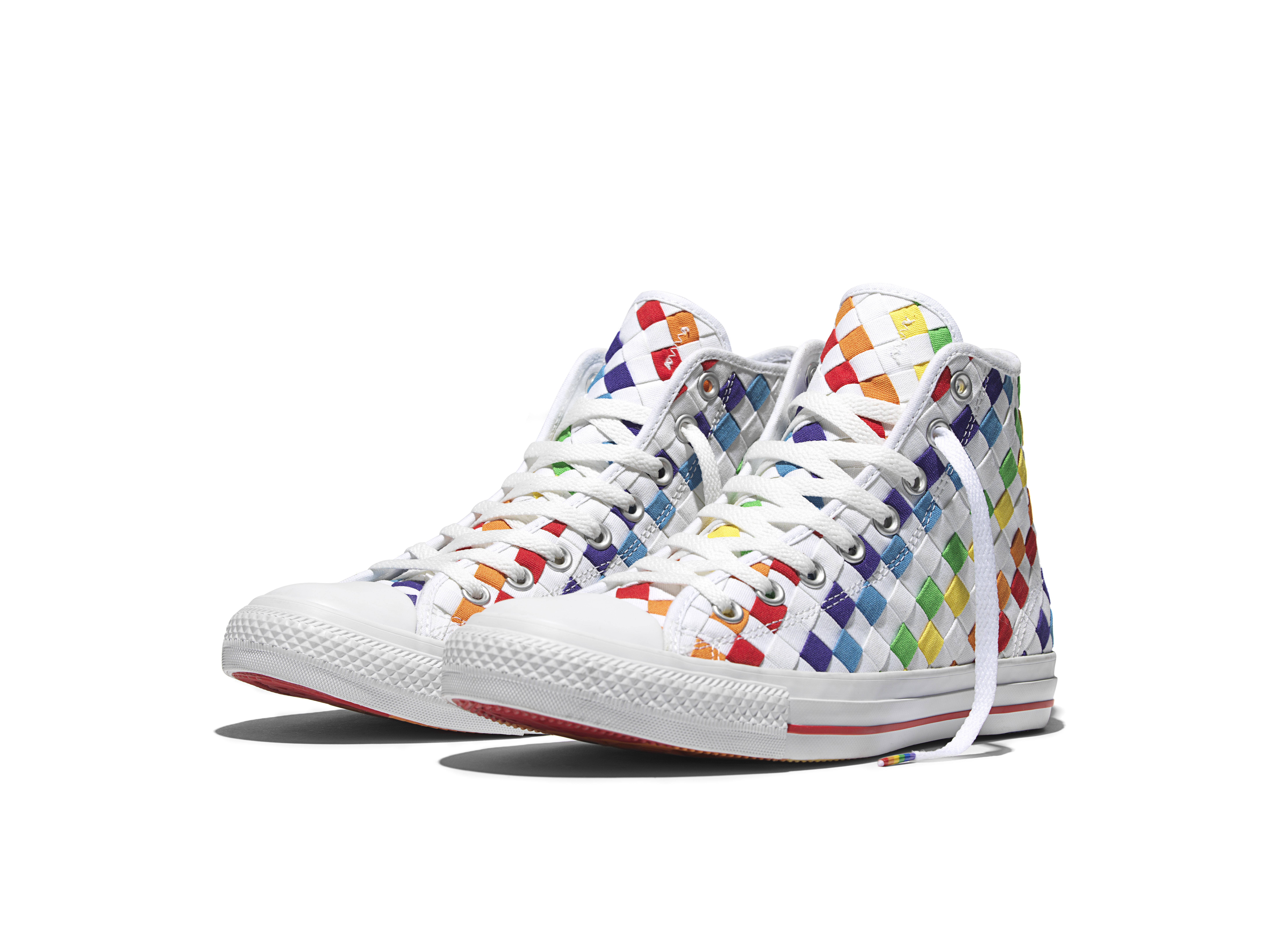 d908cab5ebe2 THE 2016 CONVERSE PRIDE COLLECTION CELEBRATES THE CREATIVITY OF ALL ...