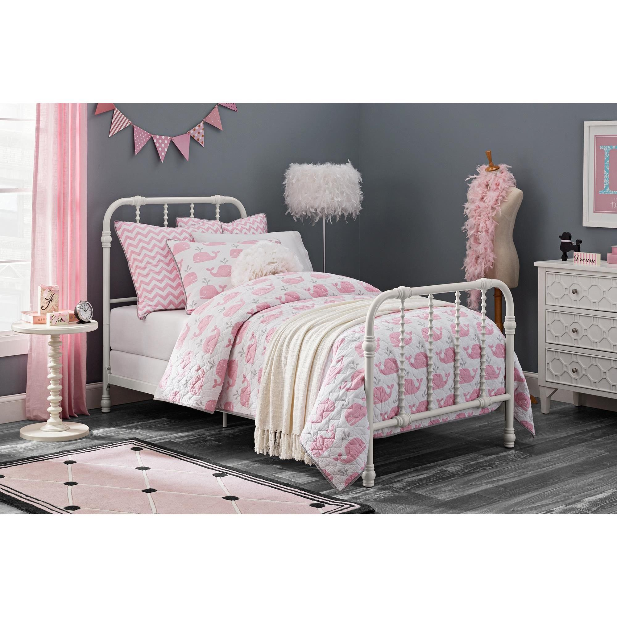 hi view room upholstered bed dc girl chair delta res hero twin girls superhero products super children roomshot