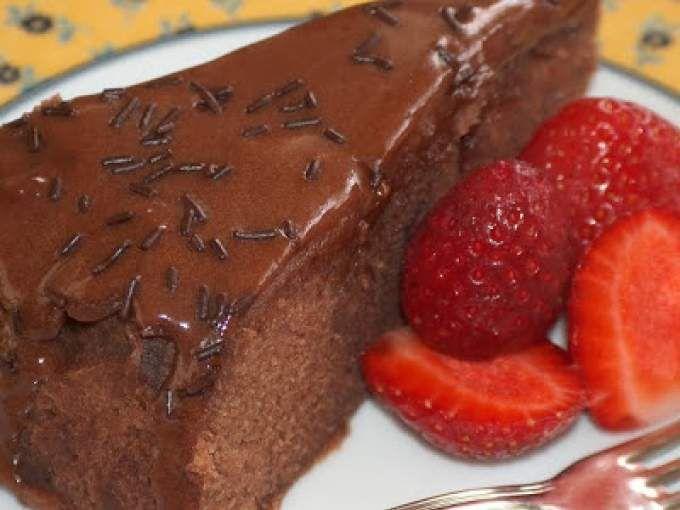 Sobremesa bolo de chocolate com gelado de baunilha — Stock