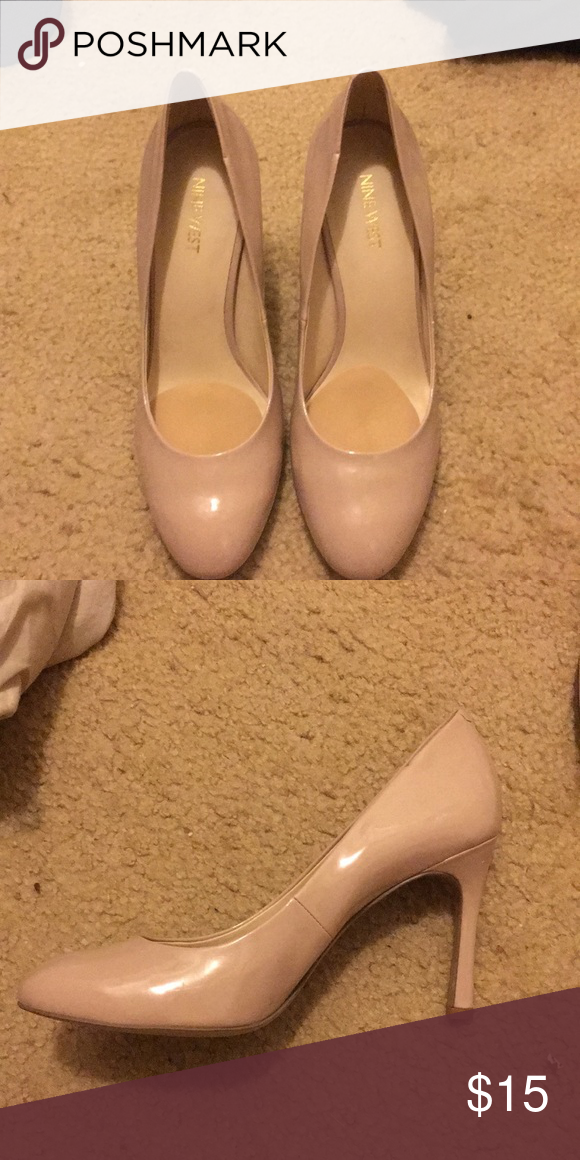 a9afe5add858 Nine West nude heels Nude heels. They have cushions in them for the balls of