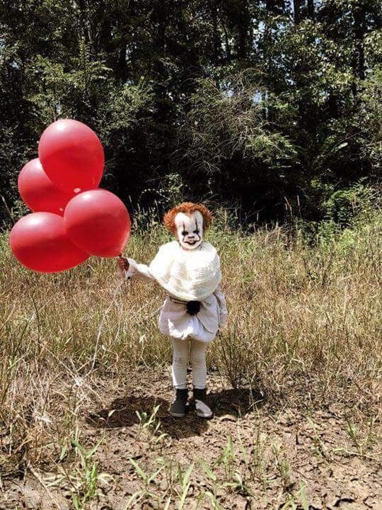 DIY 60 IT Pennywise Costume 60 DIY Halloween Costume Ideas Enchanting Pennywise Costume Pattern