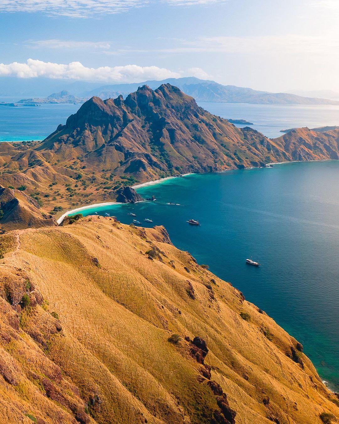Komodo National Park, Flores Island, Indonesia in 2020 ...