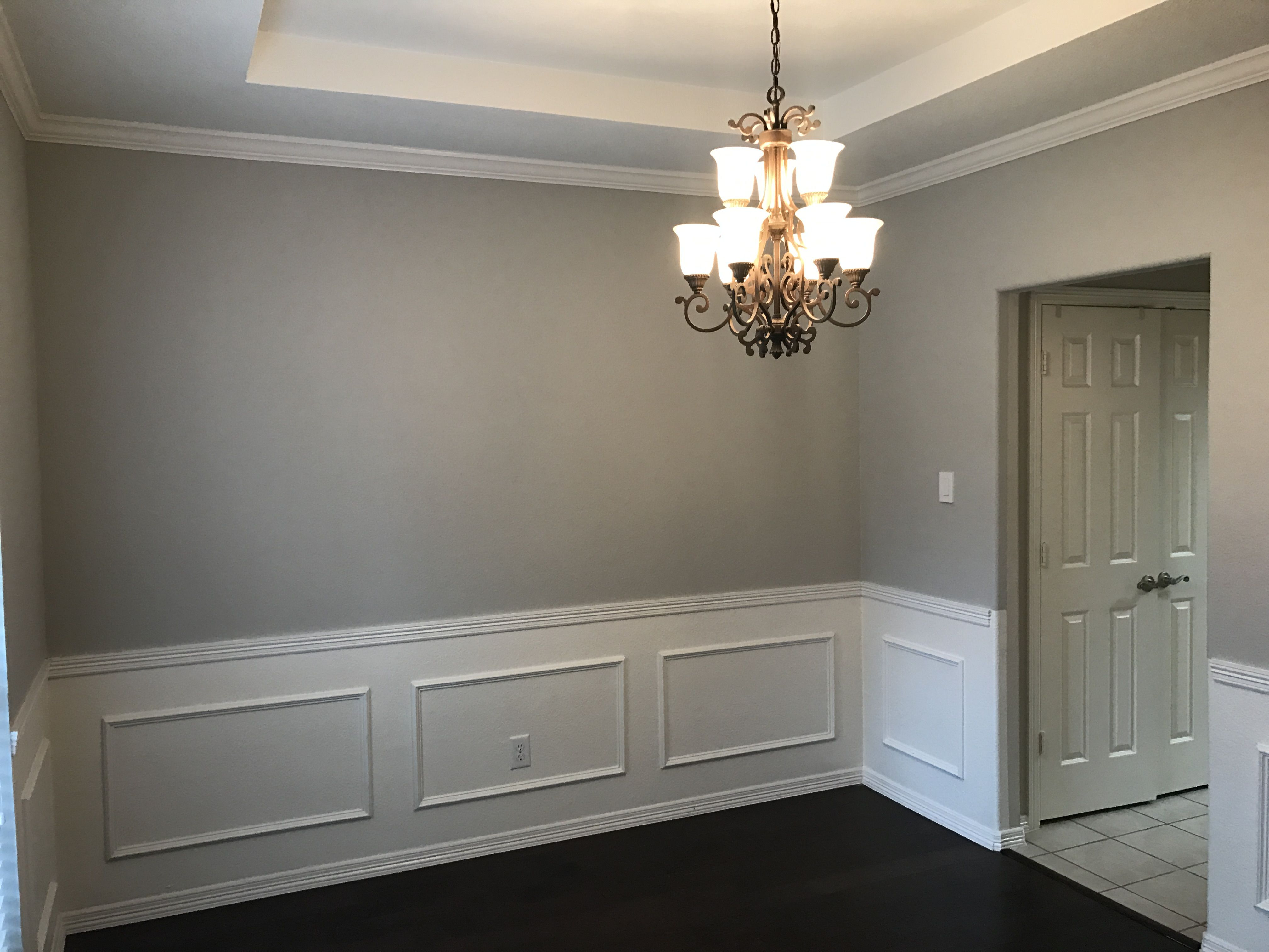 Walls repose gray by sherwin williams ceiling extra for Sherwin williams ceiling color