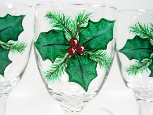 Hand painted christmas holly wine glasses glassware for Hand painted wine glass christmas designs