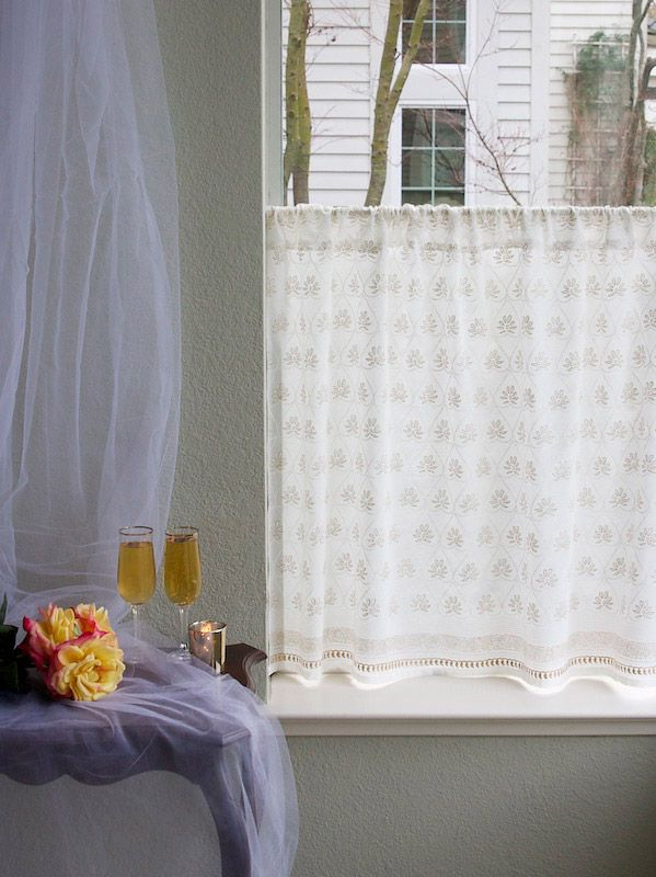 Bridal Veil White Gold Kitchen Cafe Curtain Cafe Curtains Curtains Kitchen Curtains