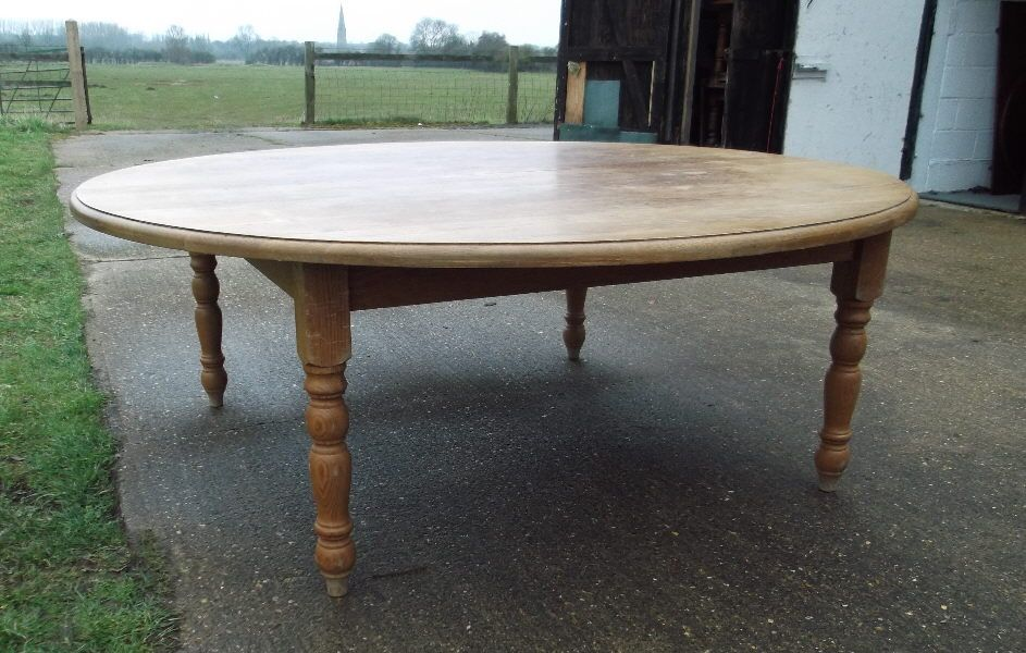 dae9b3afd6afb Cute round oak dining table seats 12