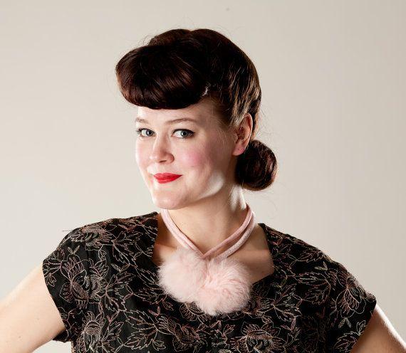 Vintage 1950s Pink Fur Necklace #vintage #pink #fur #necklace #lariat #bridalfashions #1950s @Etsy