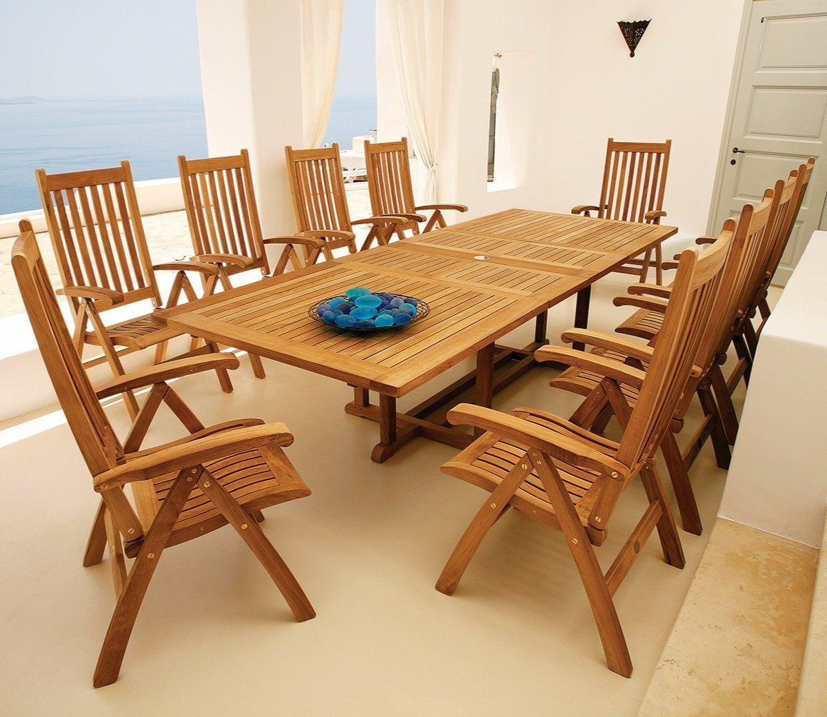 Blend of two styles the ascot arundel 10 seater dining set showcases the wonderful qualities of teak when used for high quality outdoor furniture