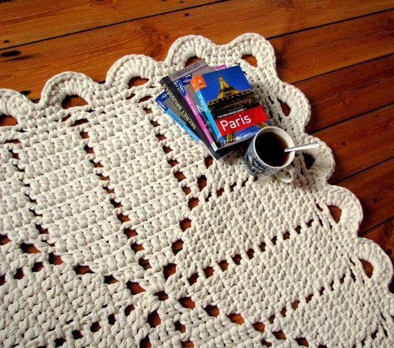 Granny square rug crochet area rug 80x80cm / 31x31 inch cream (off white)