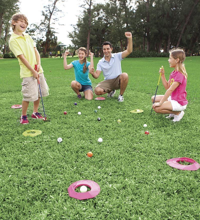Outdoor/Indoor Golf Pool Game