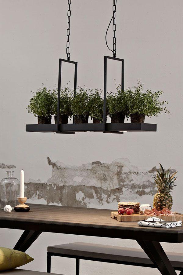 Pfiffige LED Hängelampe Tray in Schwarz | Esszimmer