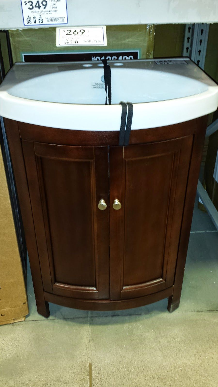 Curved bathroom vanity cabinet