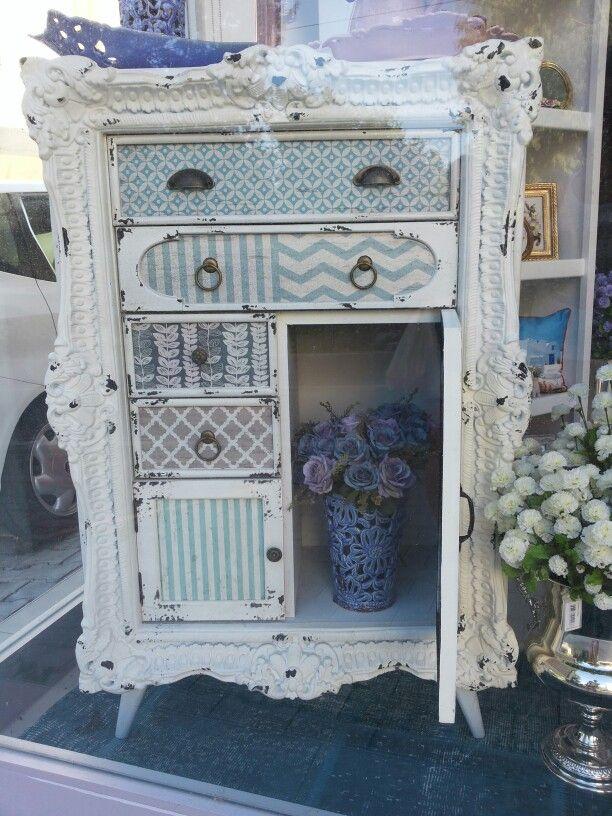Hieno laatikosto, Kyprokselta bongattu.