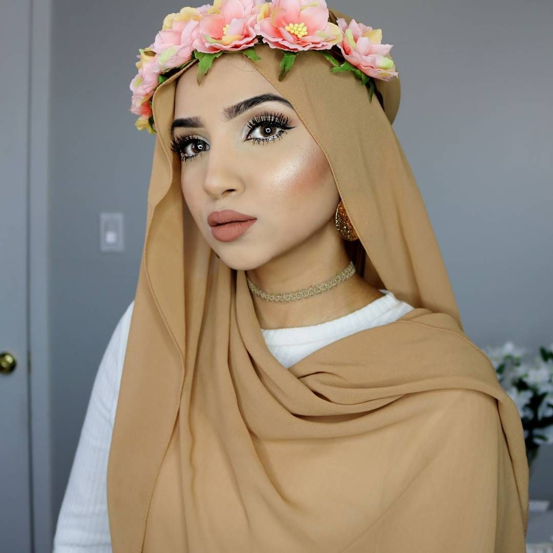 hijab tutorial using flower crown is now up on my youtube channel