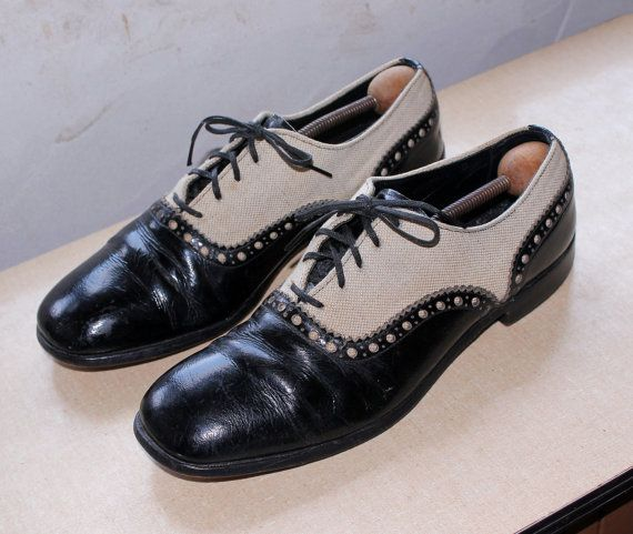 e09f54ae524 Vintage 1960s Mens Spectator Brogues Oxfords . Black Patent Leather   Tan  Canvas Dress Shoes by British Walkers Mens Size 10