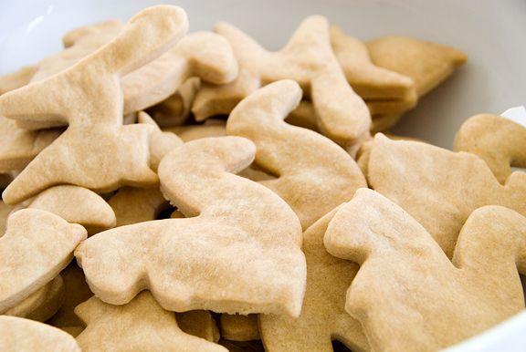 Peanut Butter Dog Treats I Use Half Brown Rice Flour And Half Oat Flour To Make Them Gluten Free Peanut Butter Dog Treats Dog Food Recipes Dog Treat Recipes