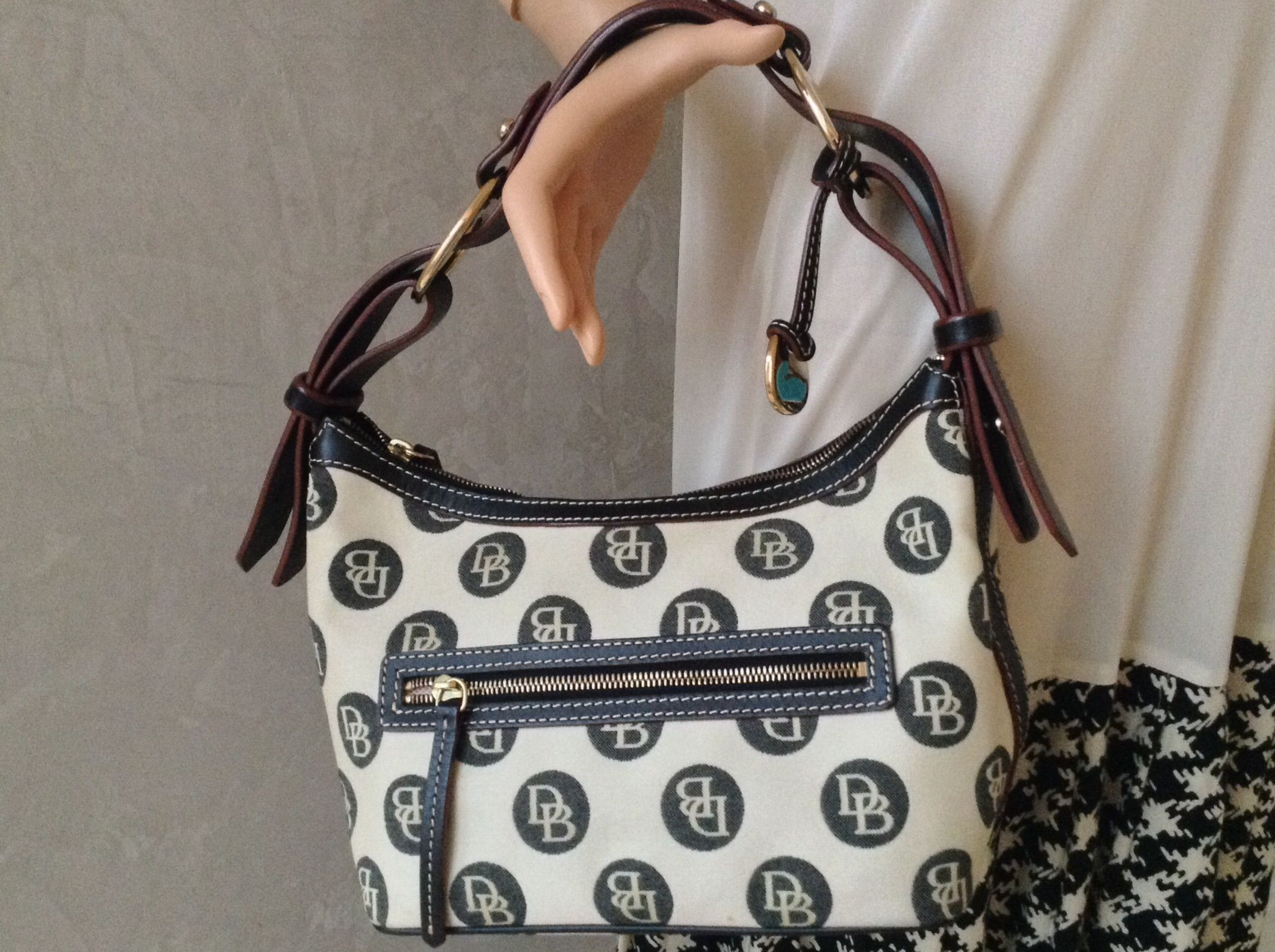 7f9e20b3cc Clothing · Dooney   Bourke Tan Canvas Handbag