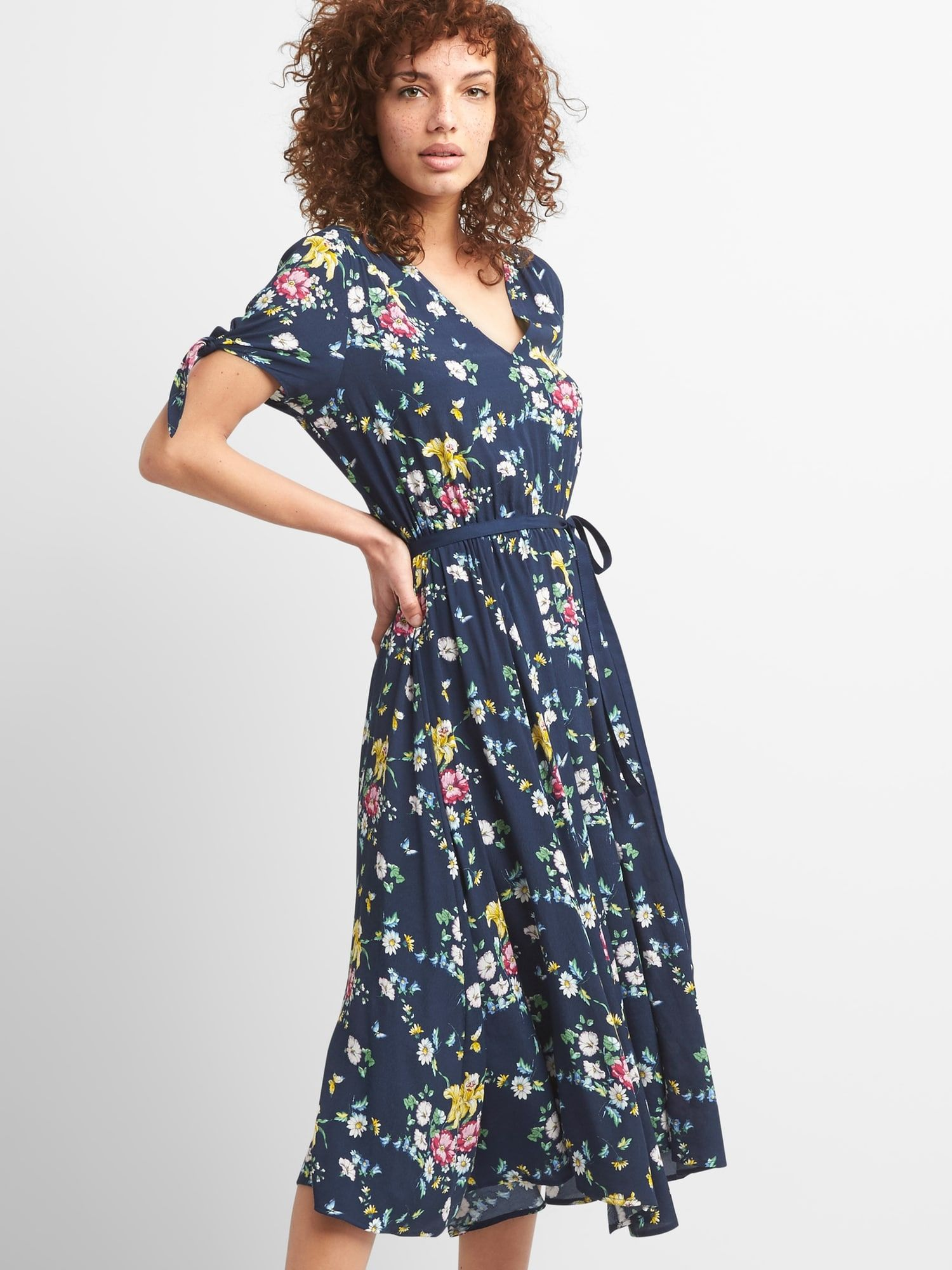 aab351aeb733 Sarah Jessica Parker for Gap, Navy Floral Midi Dress | Wearables ...