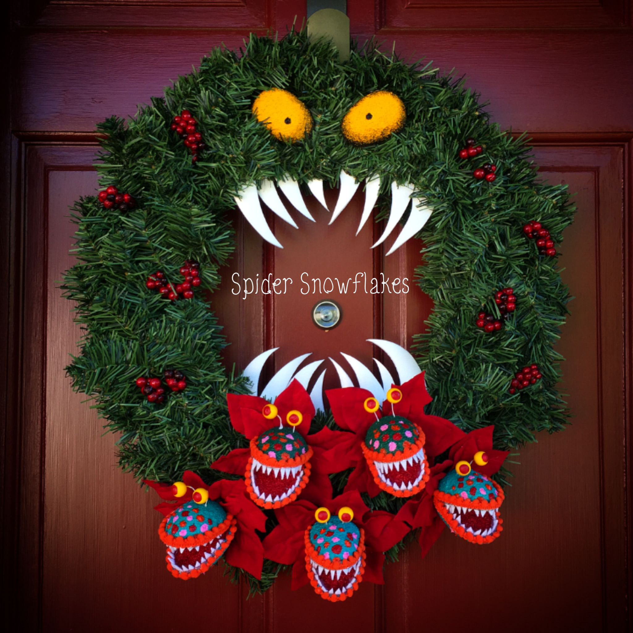 Man-Eating Wreath from the Haunted Mansion Holiday at Disneyland and ...
