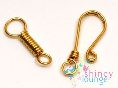 Hook-clasp-and-eye -  You can make this with a bead added, too. #wire #jewelry #tutorial