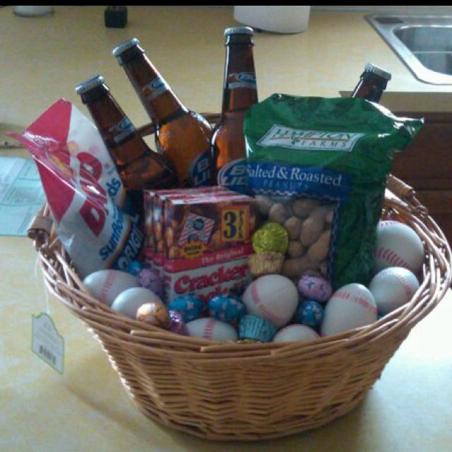 Made this baseball themed easter basket for my boyfriend last year made this baseball themed easter basket for my boyfriend last year beer peanuts negle Image collections