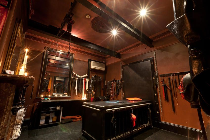 The Brass Room At Salon Kitty S Bdsm In Sydney Http