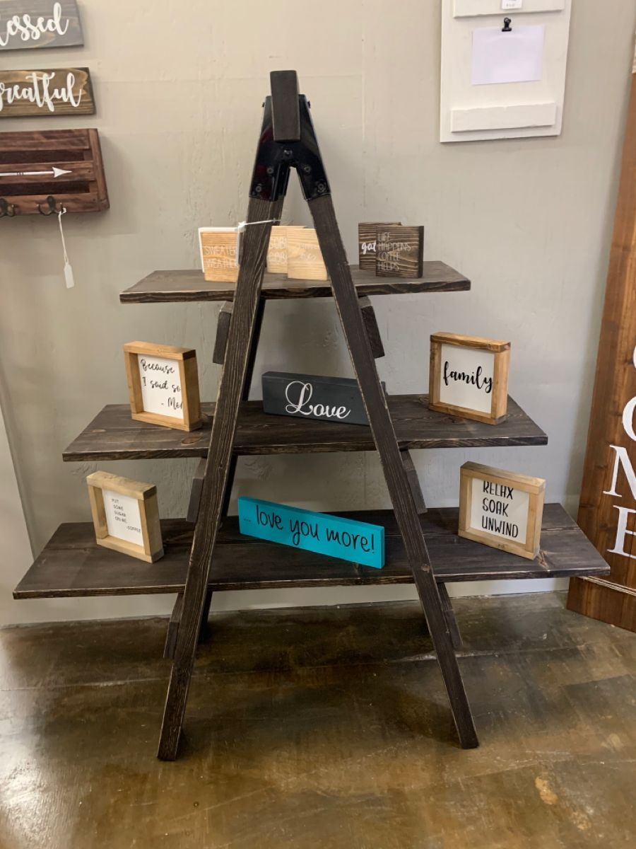 #ladder #laddershelf #handmade #wood #woodworking #woodworker #rustic #rusticdecor #rustichomedecor #rusticdecoration #rustichomeideas