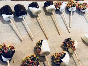 【100均バレンタイン\u0026手作りチョコレシピ♪簡単ホットチョコキューブの作り方】