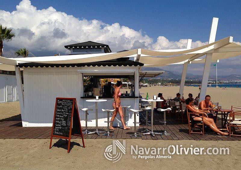 Chiringuito de madera desmontable paradise beach club for Alquiler chiringuito madera