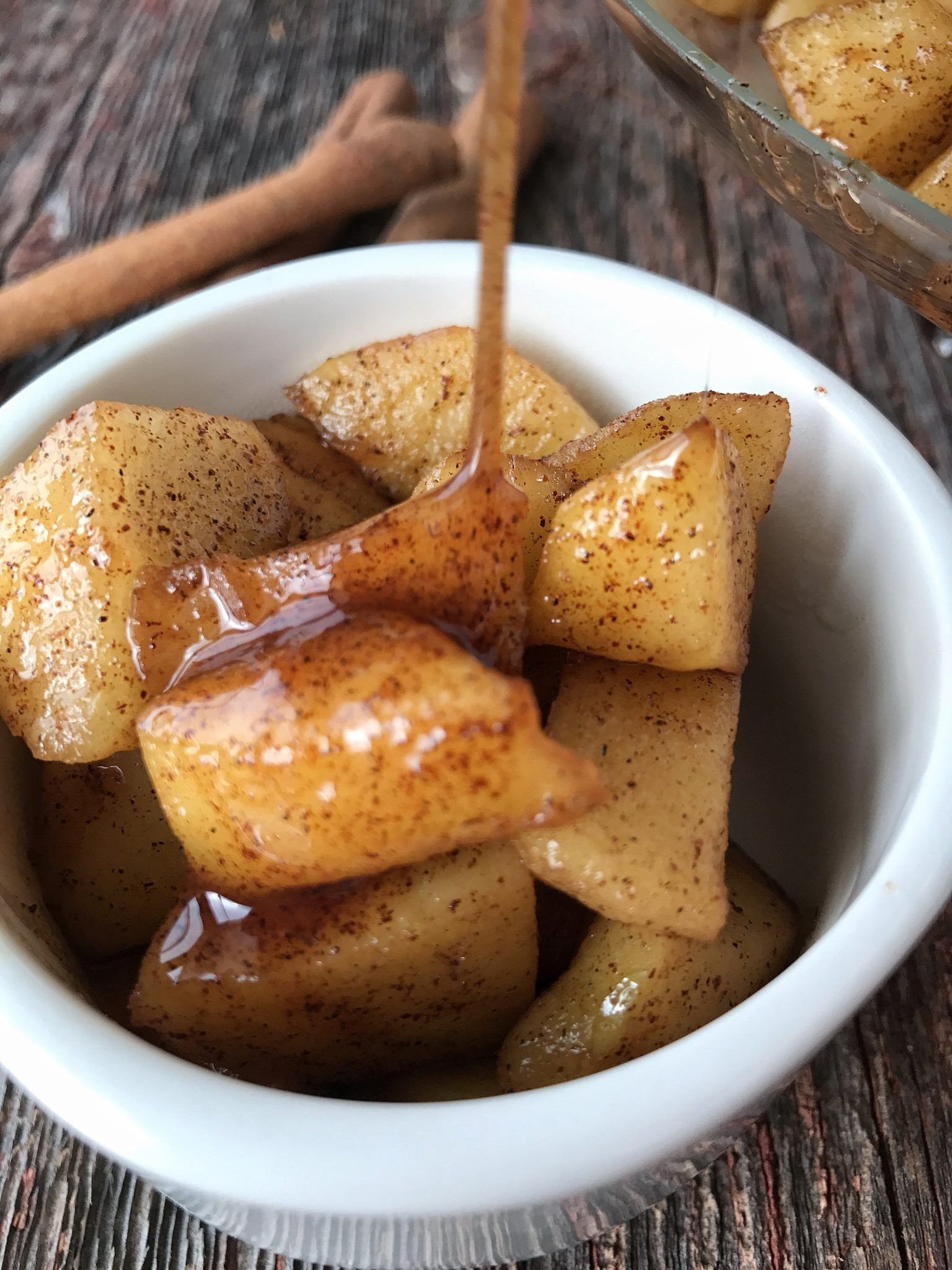 10 minute desserts Baked Apples are an apple dessert that