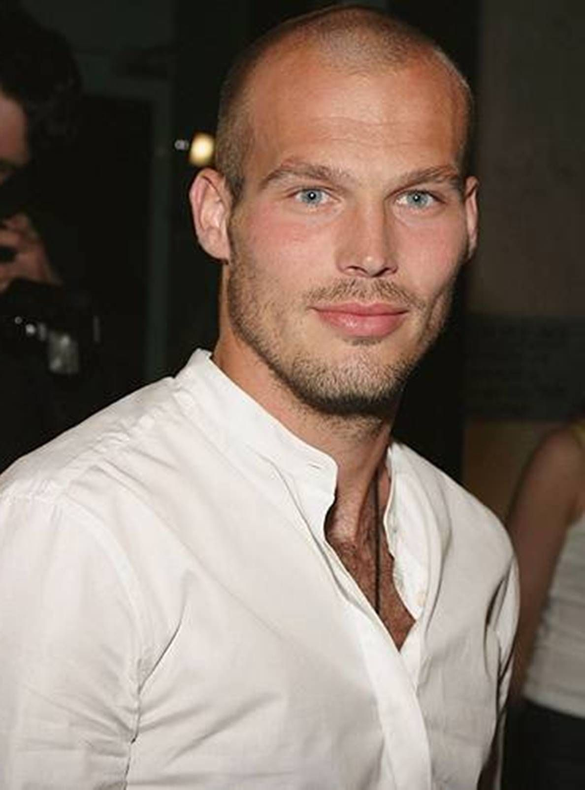 Sexy hair styles for balding men