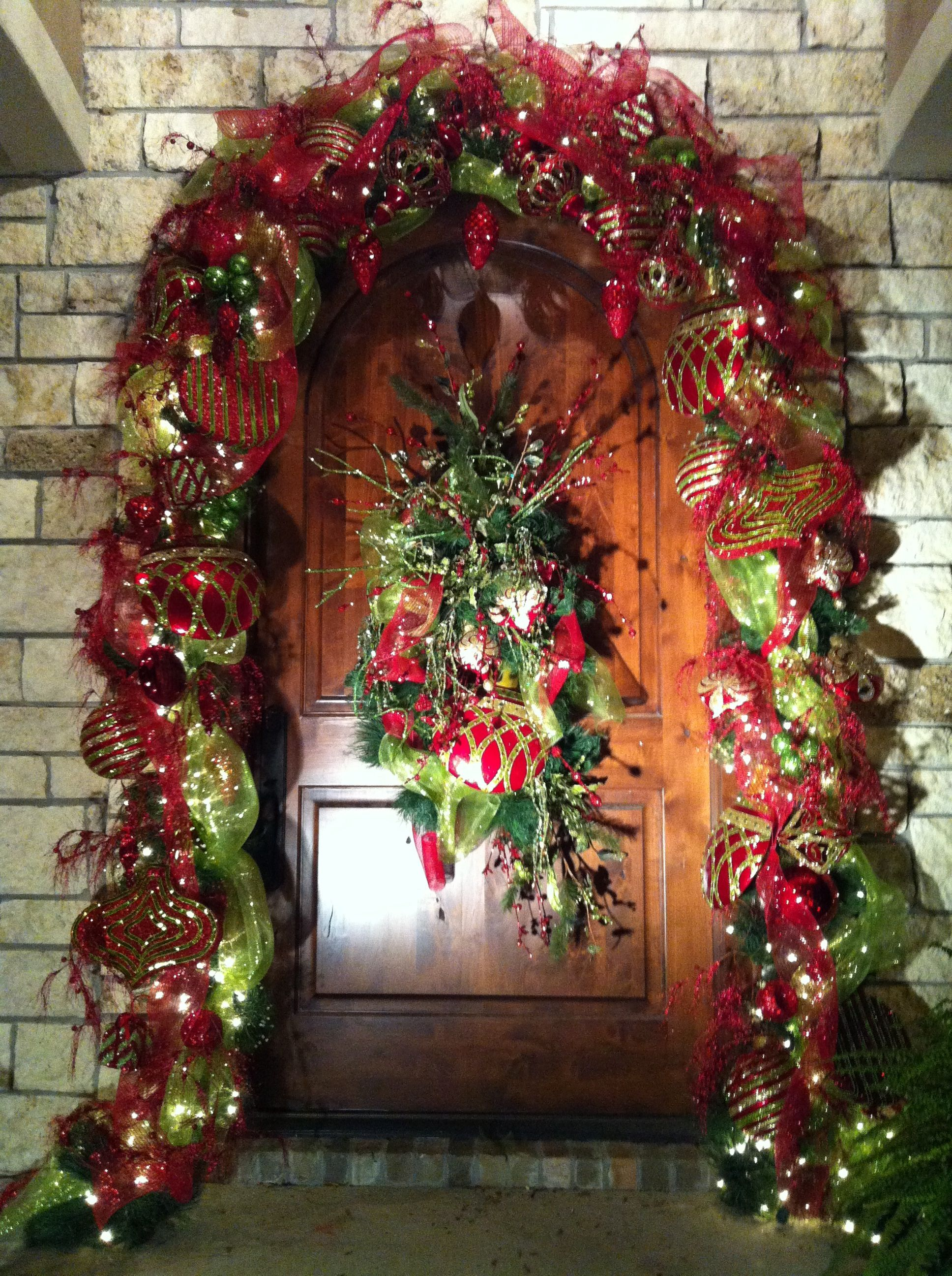 entry way front door christmas decorating ideas - Front Door Christmas Decorations Ideas