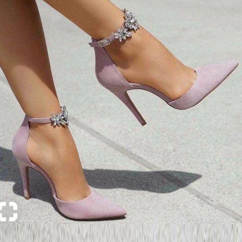 high heels classy #HIGHHEELSCLASSY in 2020 | Stiletto