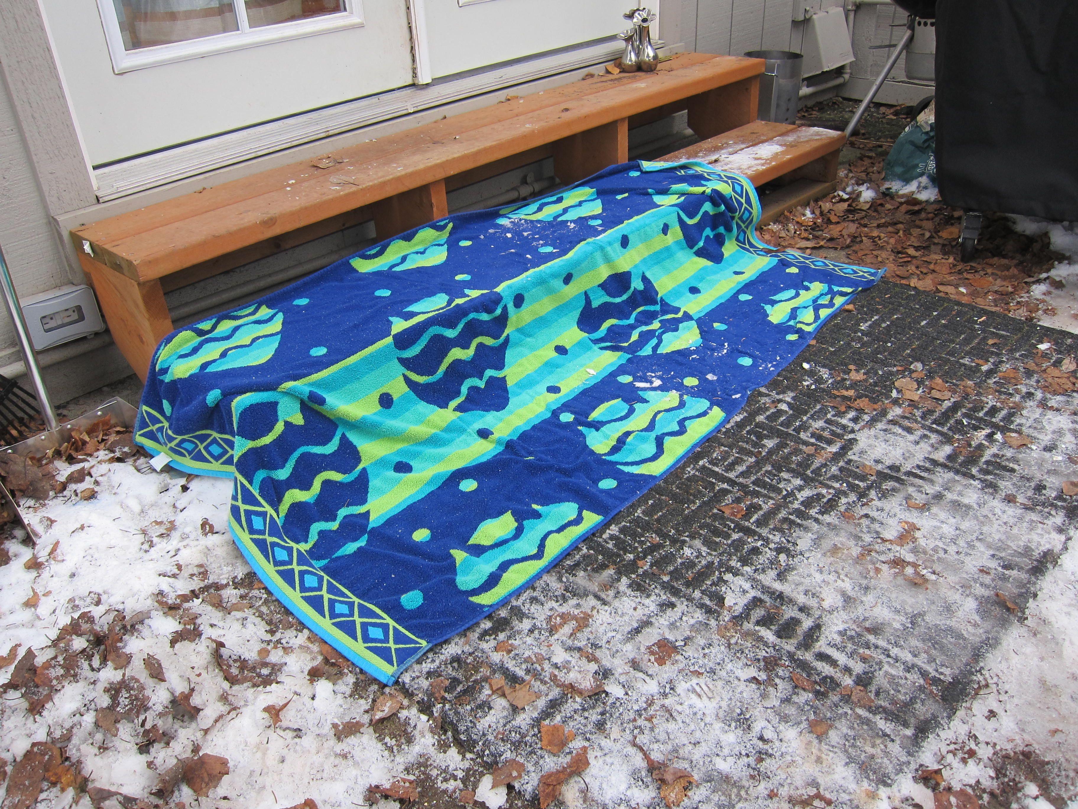 Best Winter Hippie Hack How To Make Slippery Steps Safe 400 x 300