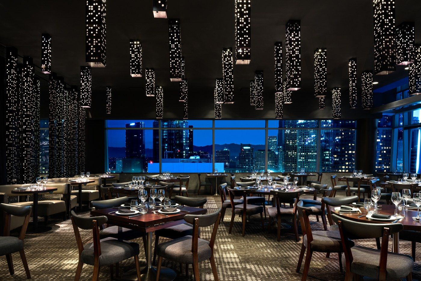These Are 14 Of The Tallest Restaurants In The World Best Restaurants In La Los Angeles Hotels Los Angeles Restaurants