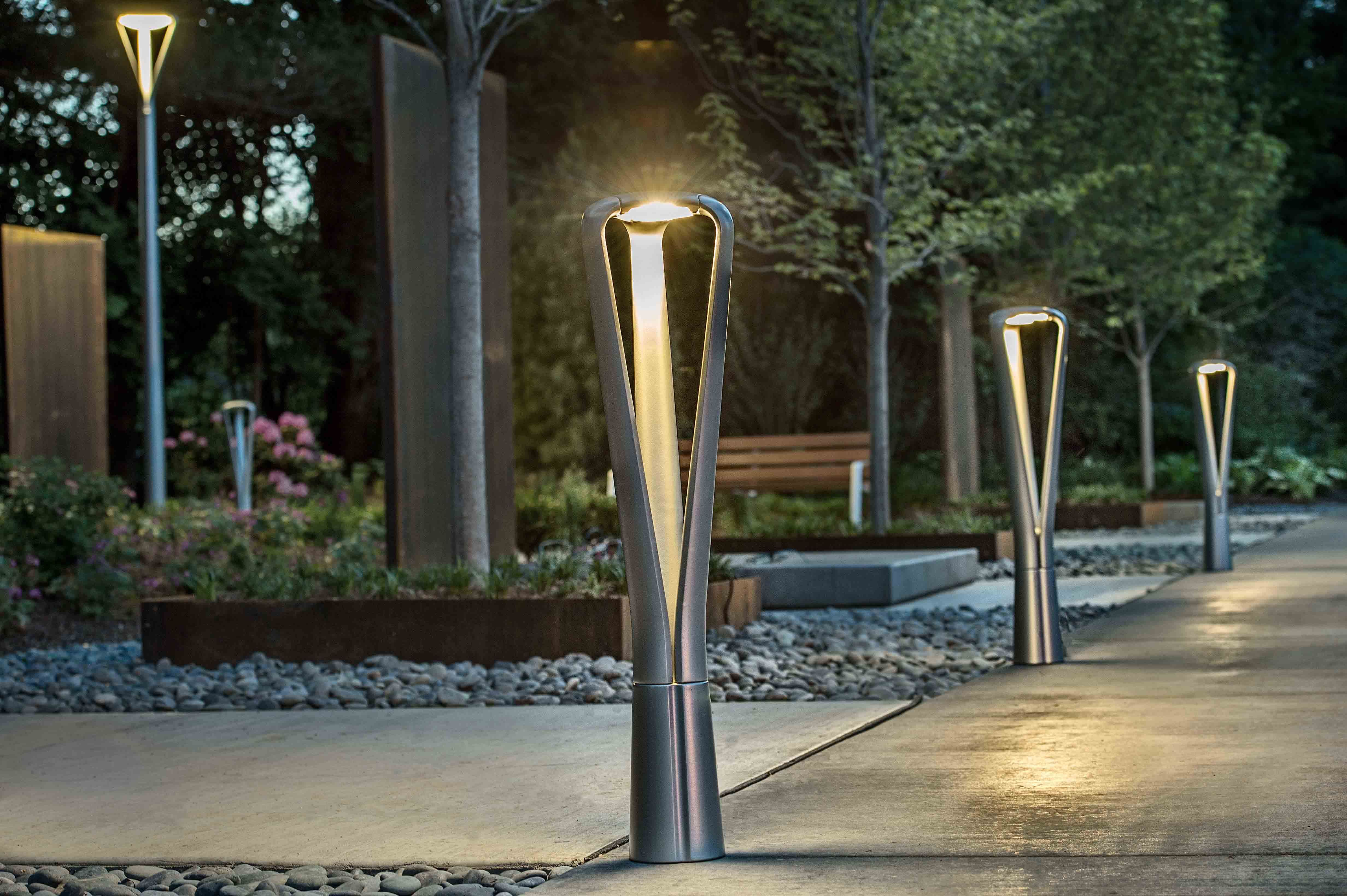 Fgp path lights landscapeforms sitefurniture - Exterior landscape lighting fixtures ...