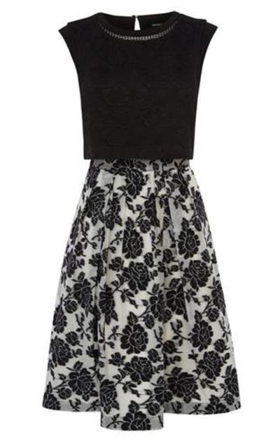 Karen Millen - Kleid mit Tellerrock im Lagenlook #dress #women #covetme #karenmillen