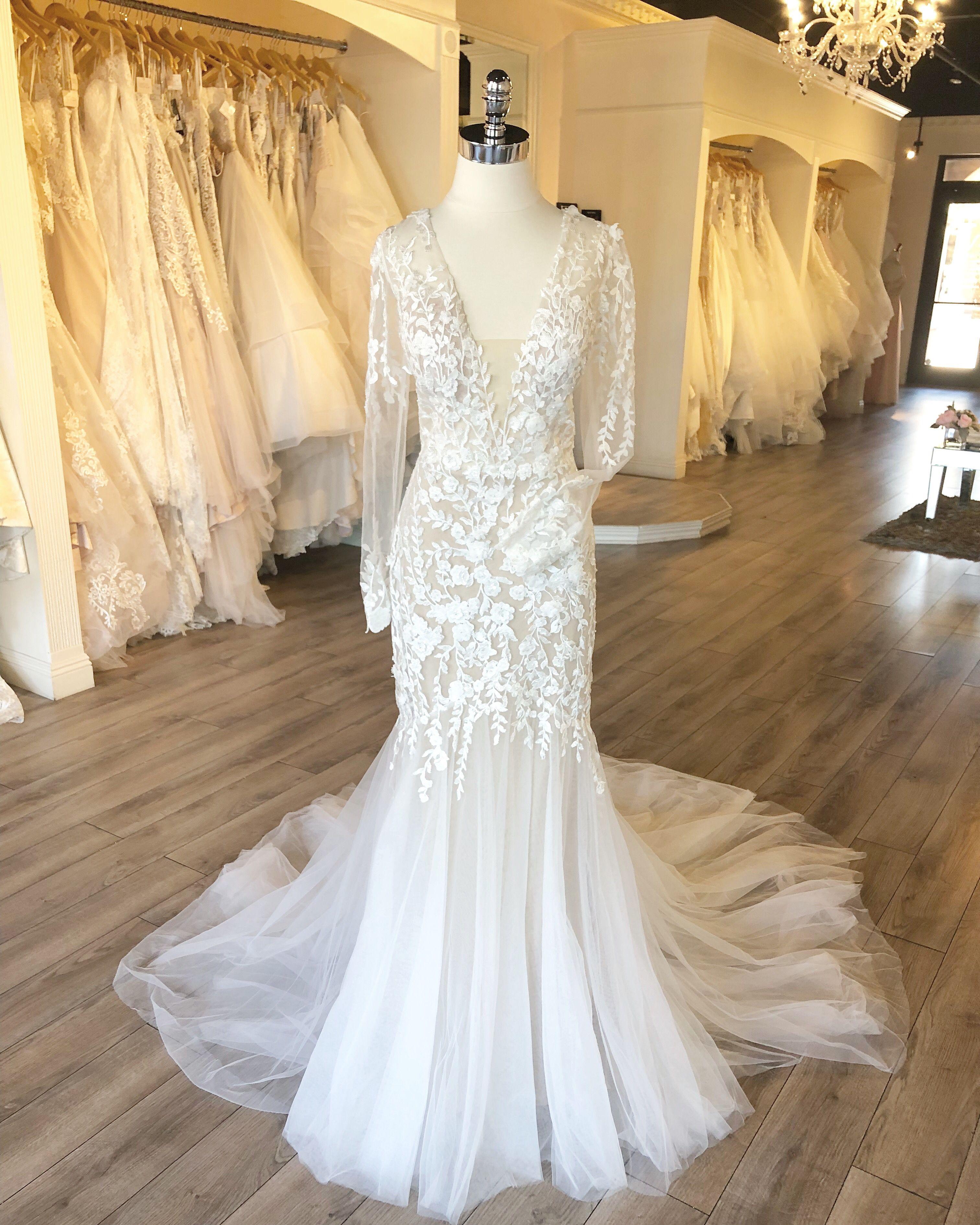 25+ Calla blanche wedding dress inspirations