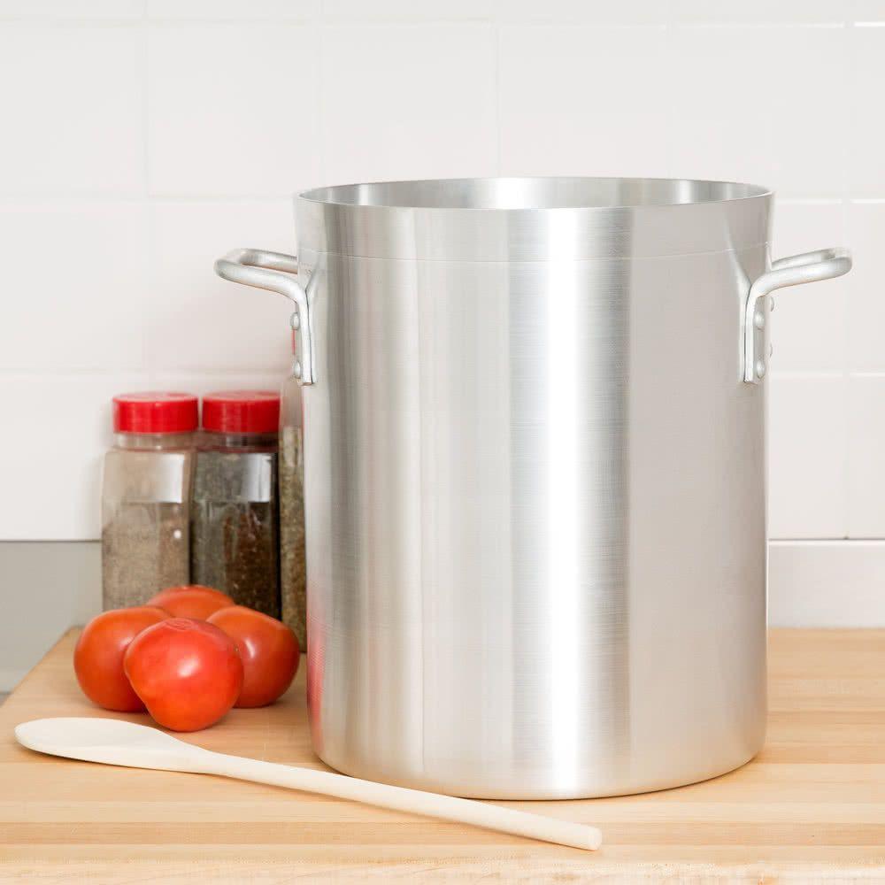 Choice 16 qt standard weight aluminum stock pot creamy