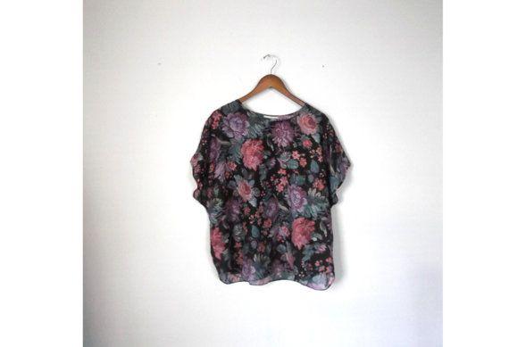 Vintage 1990s Floral Blouse / 90s Oversize Digital Floral Top - Plus Size - 2X/3X