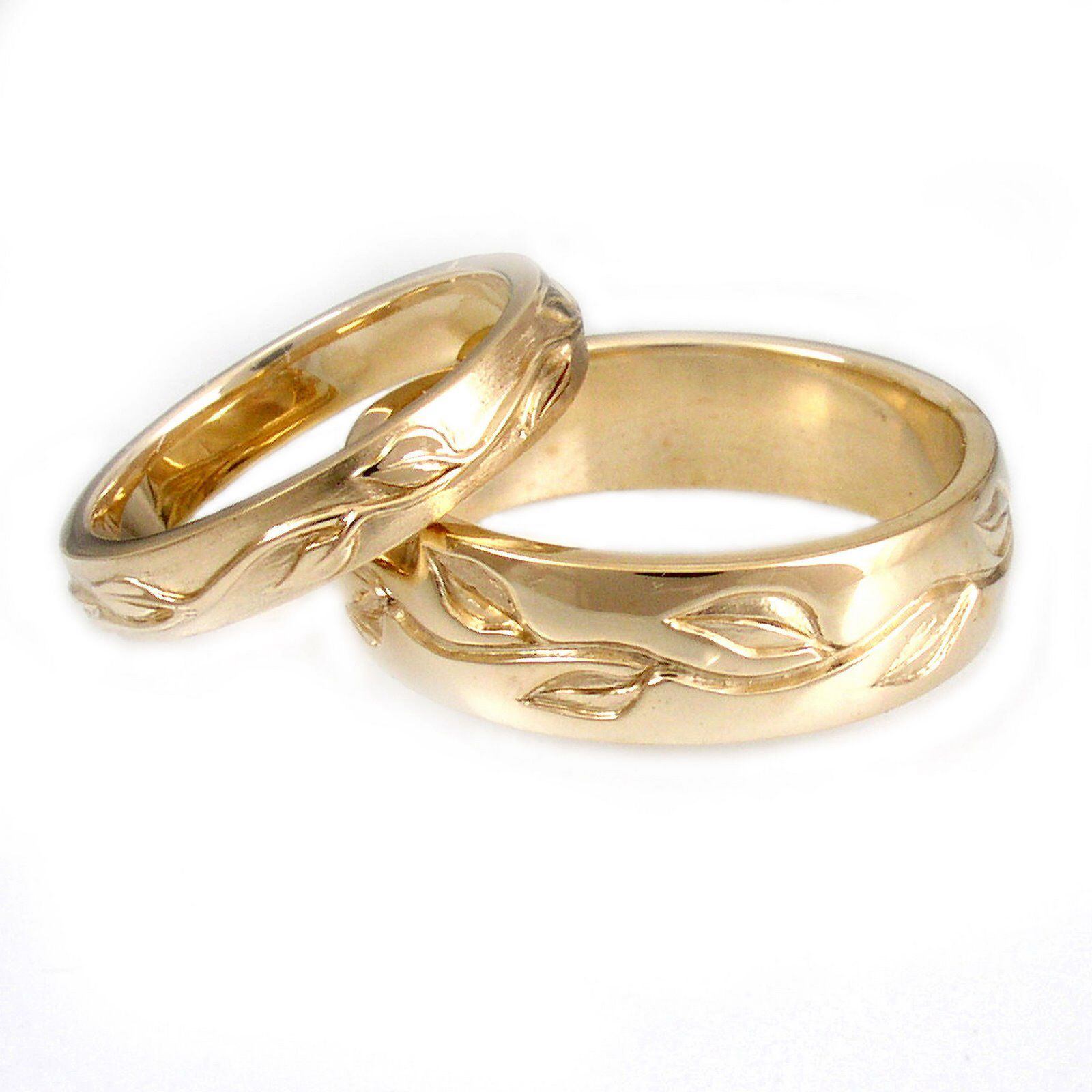 Engraving Ideas For Wedding Bands: Engraved Gold Wedding Bands