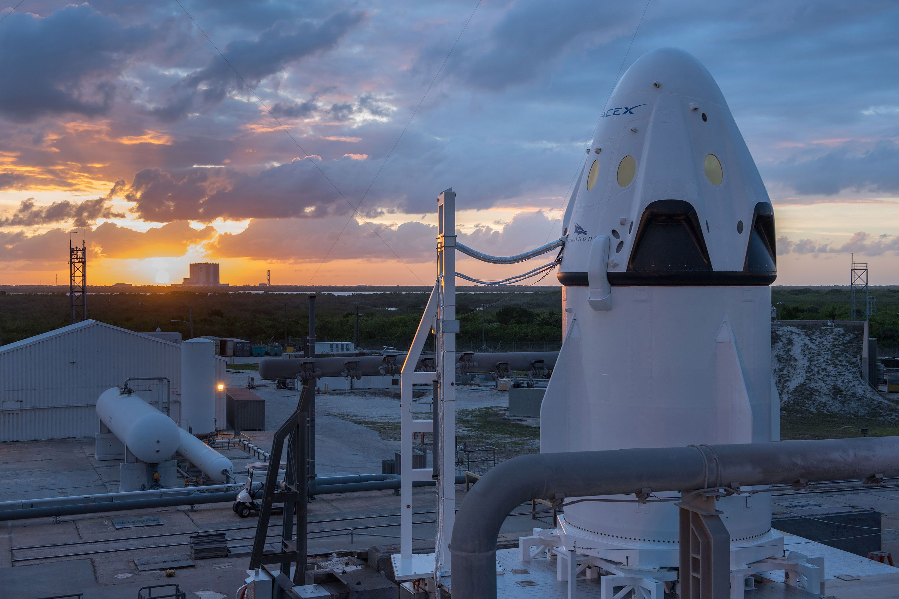 SpaceX 10 years ahead of NASA in race to Mars Spacex