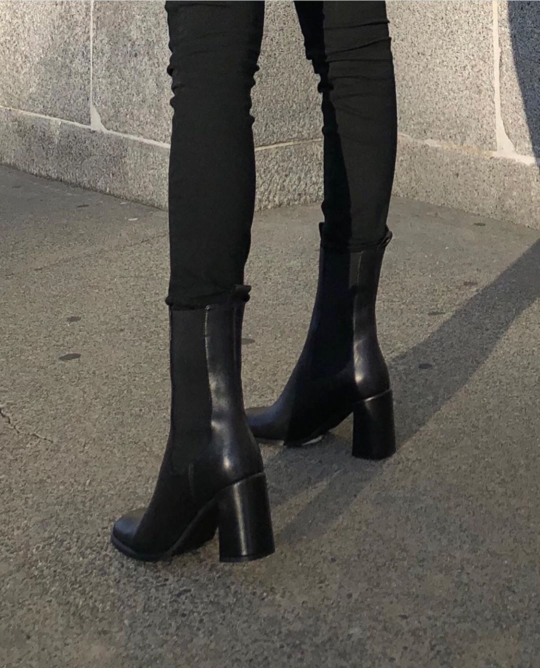 "SIE IST FERN !! auf Instagram: ""Staple Black Fall Booties   #shesfarout ""   – Shoes"